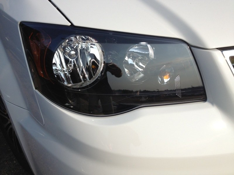 Town Amp Country S Headlight Question The Chrysler Minivan