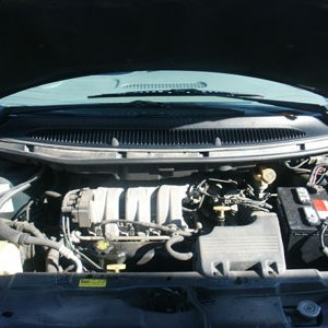1998 Chrysler T&C LX LWB Interior View Engine Compartment